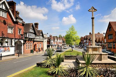 Airport taxi Haslemere